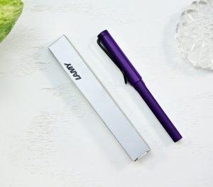 picture of a lamy safari fountain pen